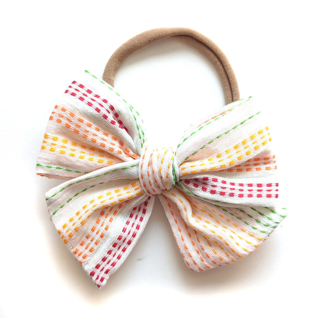 Rainbow Stitch :: Voyager Bow
