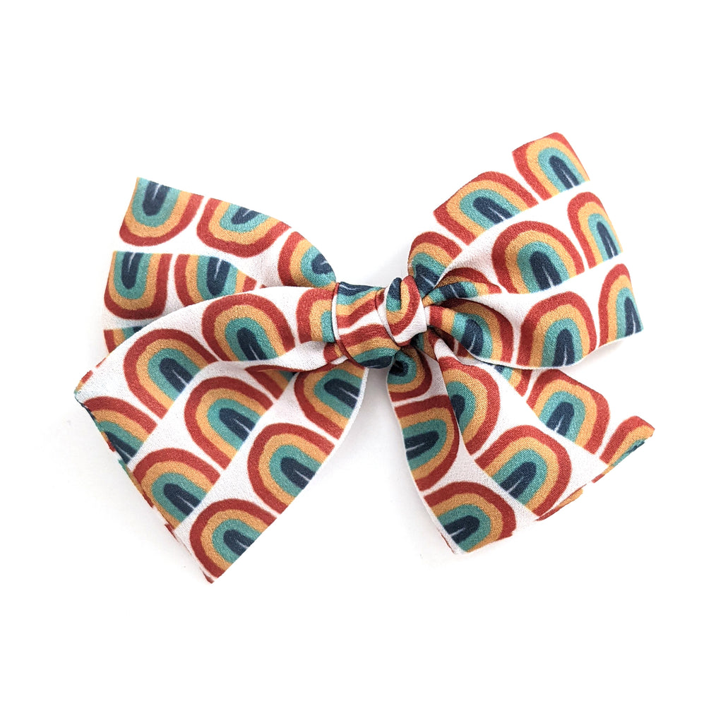 Retro Rainbow :: Indy and Pippa Bow
