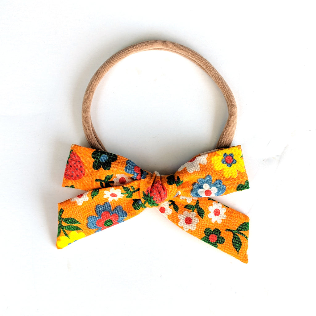 Retro Floral :: Explorer Bow