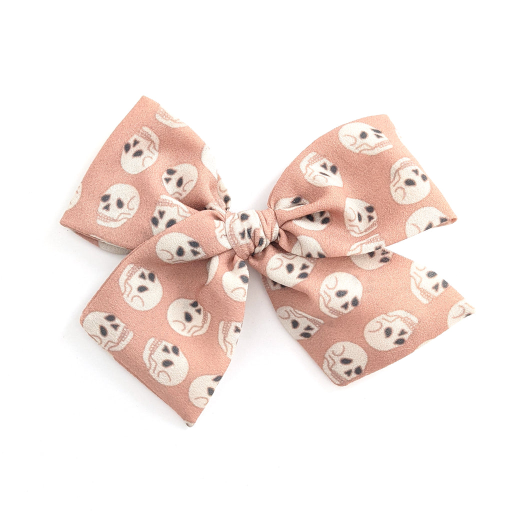 Pink Skulls :: Indy and Pippa Bow
