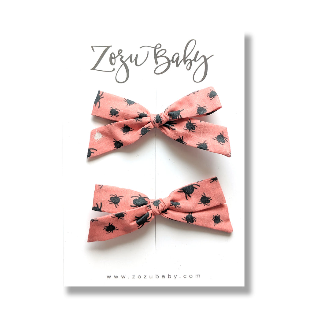 Spidey in Peach :: Mini Explorer Pigtail Set