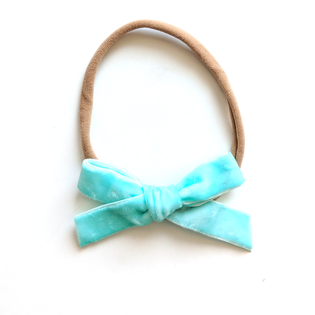 Velvet Spring Blue :: Mini Explorer Bow