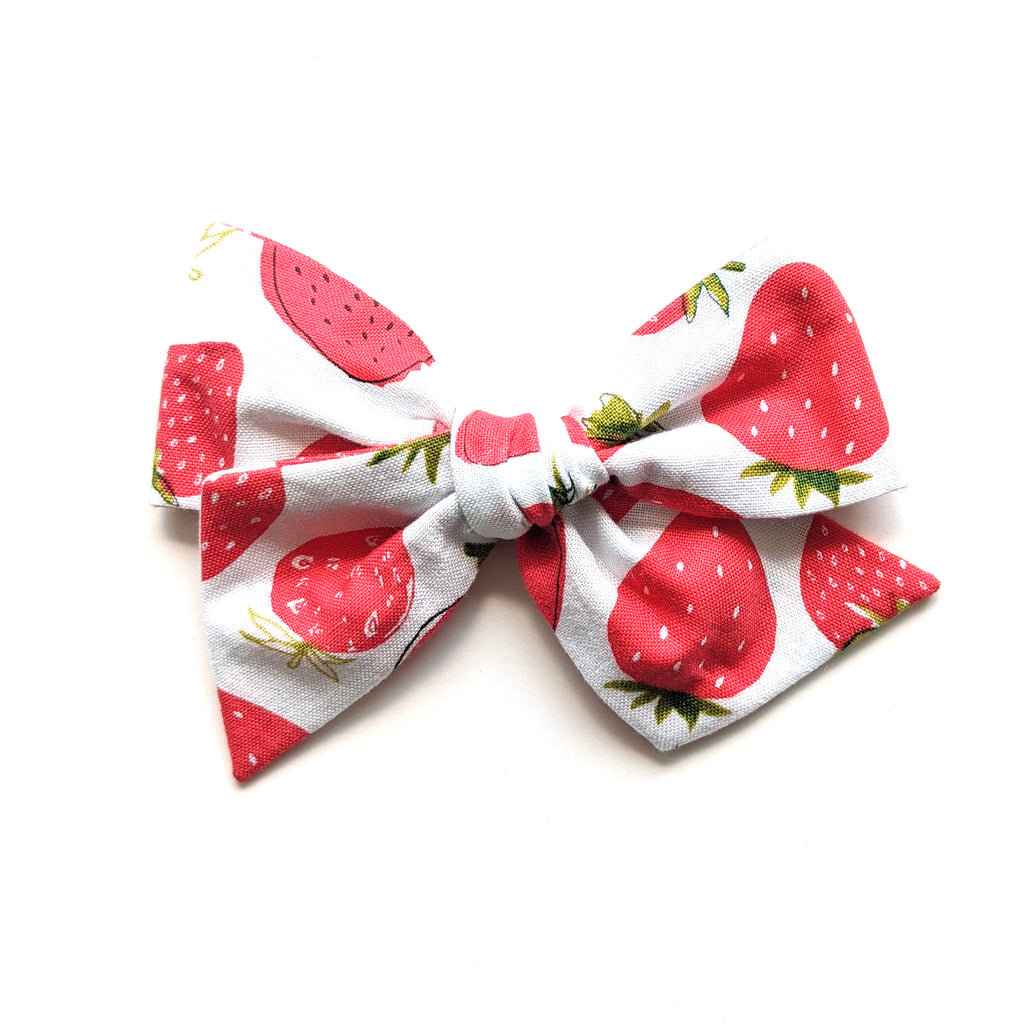 Strawberries :: Voyager Bow