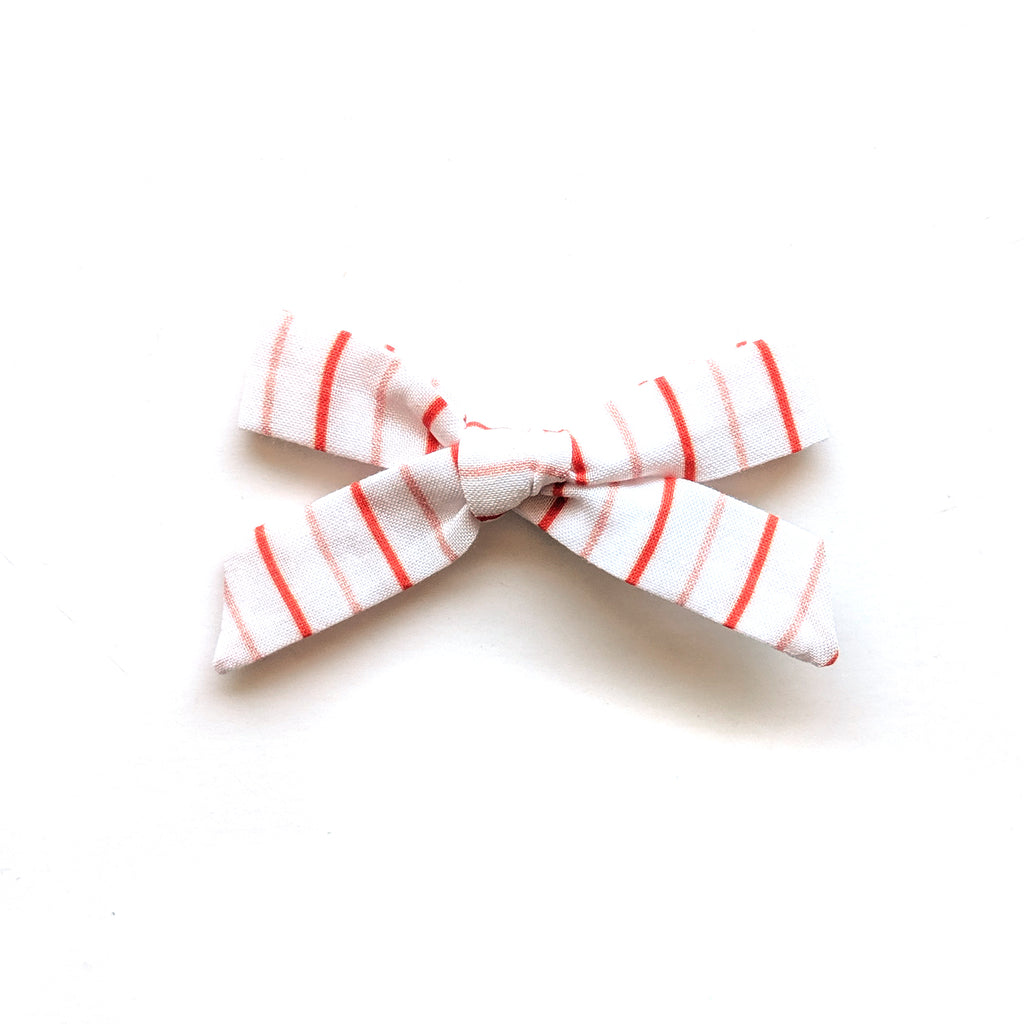 Line Up Stripe :: Mini Explorer Bow