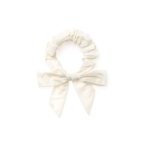 Soft White :: Explorer Scrunchie