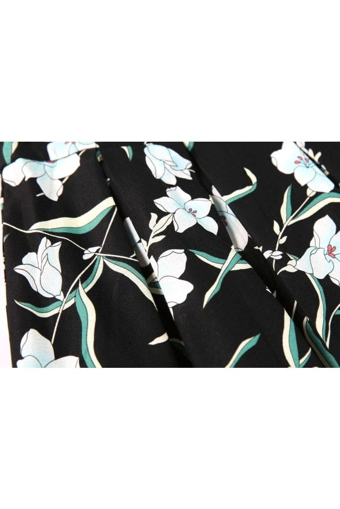 Black with Beautiful White and Blue Lily Box Pleated Skirt with Pockets
