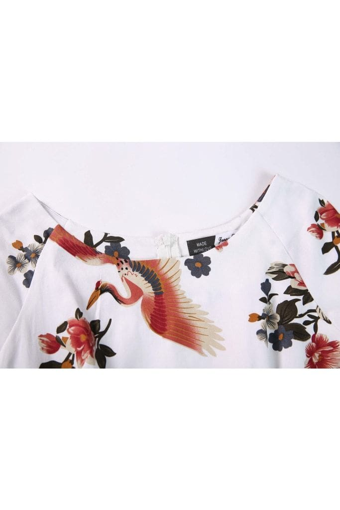 Gorgeous White with Red Crane and Floral Scoop Neck Short Sleeve A Line Vintage Dress