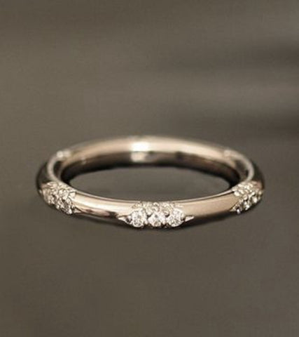 18k and diamond Constellation band