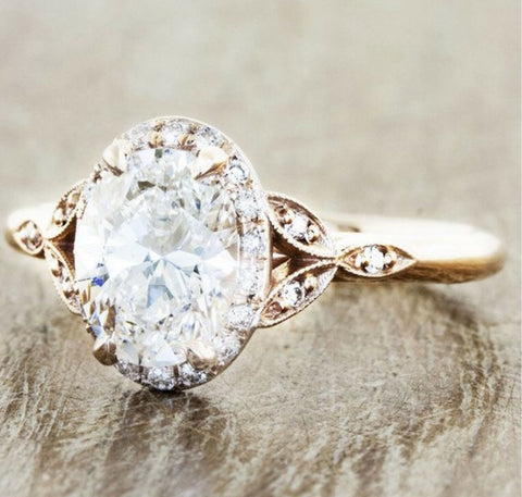 Victoria Oval Halo Engagement Ring