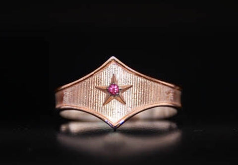 14k gold Wonder Woman Ring