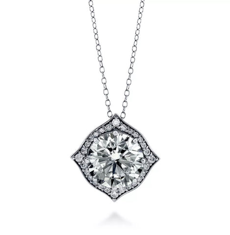Moroccan Pendant with Moissanite