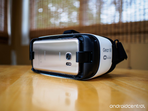 Samsung Europe Bundles Galaxy S7 with Gear VR Content Package