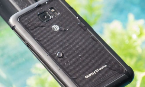 """Water-Resistant"" Galaxy S7 Flunks Test"
