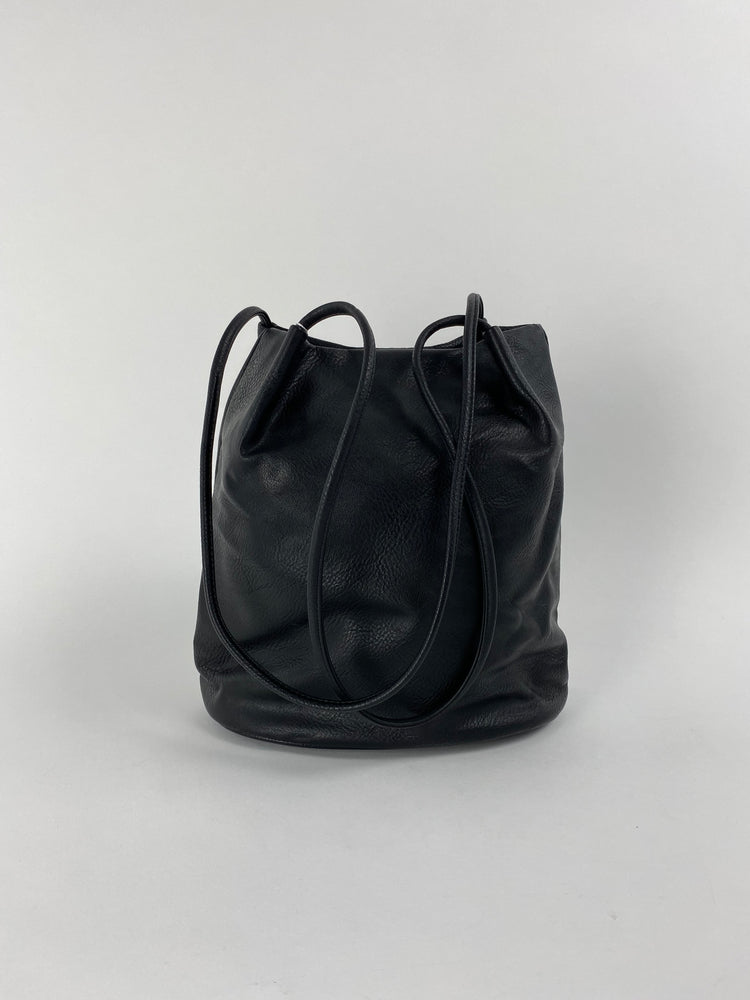 6773 Black Tote bag