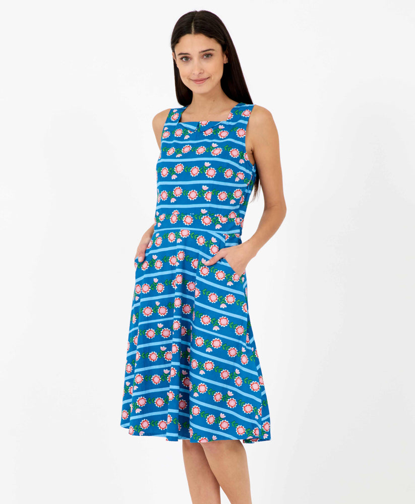 flower chain pretty vacant brook dress - blue midi dress vintage style with pockets