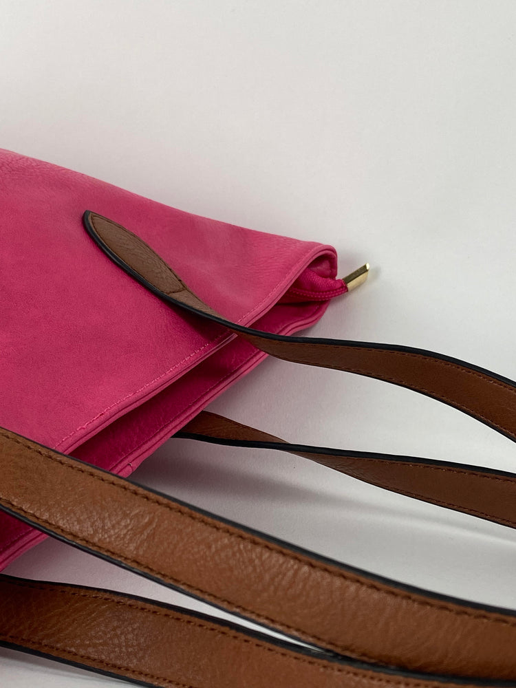 Pretty Vacant fuchsia / pink tote bag with brown handles - faux leather - closeup straps