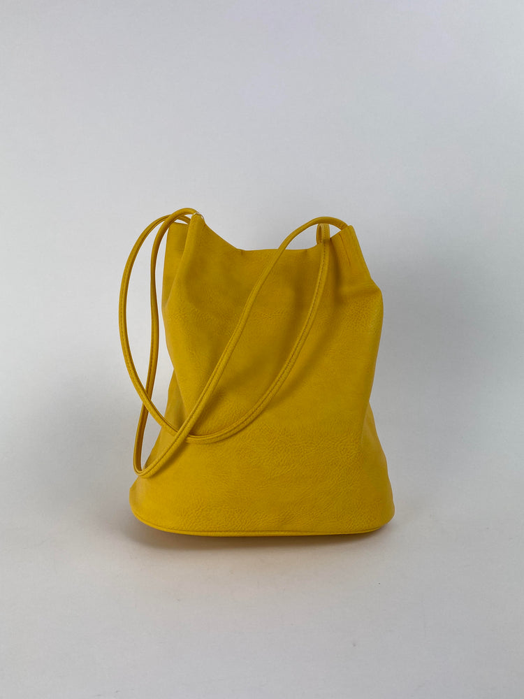 6773 Yellow Tote bag