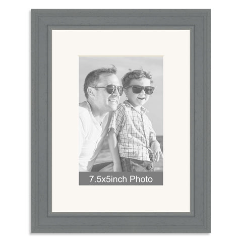 Grey Wooden Photo Frame with mount for a 7.5x5/5x7.5in Photo