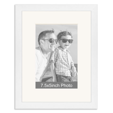 White Wooden Photo Frame with mount for a 7.5x5/5x7.5in Photo