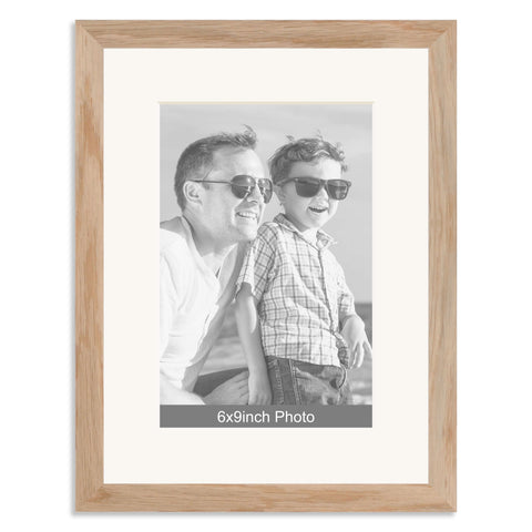 Solid Oak Photo Frame with mount for a 9x6/6x9in Photo