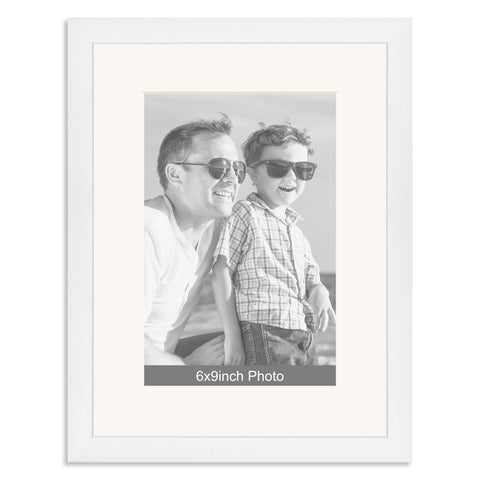 White Wooden Photo Frame with mount for a 9x6/6x9in Photo
