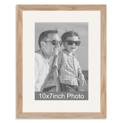 Solid Oak Photo Frame with mount for a 7x10/10x7in Photo