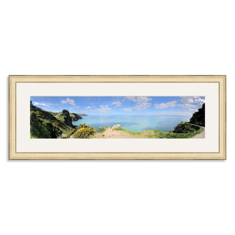Gold Wooden Panoramic Photo Frame for a 20x5/5x20in Photo [4:1 Ratio]
