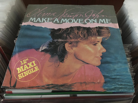 "Olivia Newton-John - Make A Move On Me 12"" Maxi-Single 45rpm (Out Of Print) (Graded:EX/EX)"