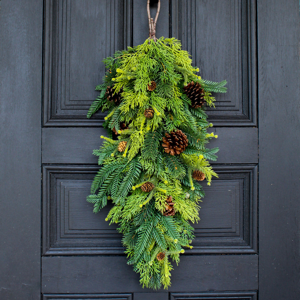 Mixed Cedar, Pine & Pinecone Front Door Winter Christmas Teardrop Swag