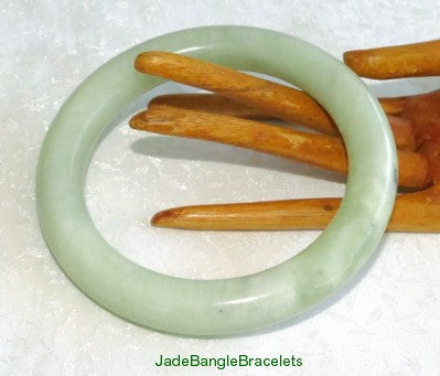 What Size Jade Bangle To Buy:  Pay Attention to Jade Bangle Bracelet Width