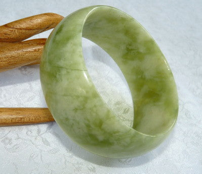 "Help"" My Jade Bangle Bracelet is too Small and I Can't Get it On!"