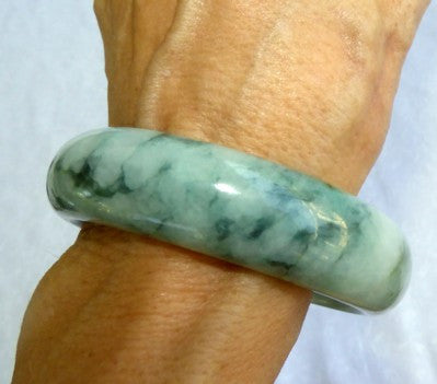"""Good Green Veins"" Burmese Jadeite Grade A Bangle Bracelet 56mm (54mm) + Certificate (3104)"