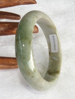 """Butterfly Tracks"" and Varied Green Veins Grade A Jadeite Jade Bangle Bracelet 58.5mm + Certificate (632)"