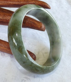 """Clouds over Earth"" Genuine Grade A Jadeite Jade Bangle 58.5mm + Certificate  (735)"