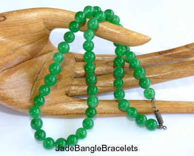 Classic Green Jade Bead Necklace