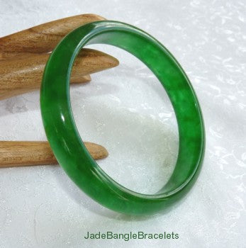 Clearance-Translucent Bright Green Elegant Jadeite Jade Bangle Bracelet 57.5mm (JBB3307)