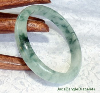 """Dragon Green"" Mossy Veins on White Jadeite Jade Bangle Bracelet 59mm (JBB2731)"