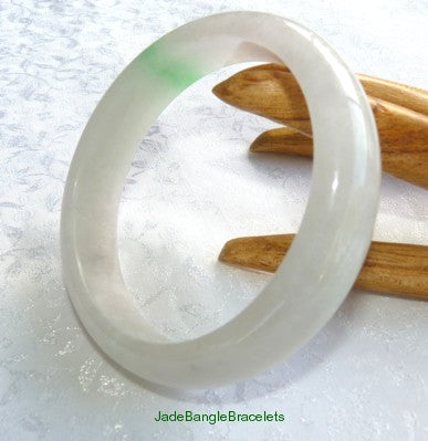 "Clearance-""Snowy White"" with Kiss of Green Burmese Jadeite Jade Bangle 58mm (JBB2756)"