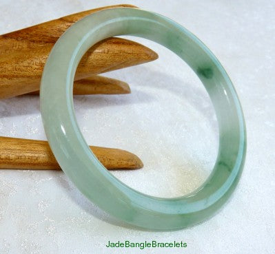 "Icy Translucent ""Moss in Snow"" Small Classic Round Jadeite Bangle 53mm (JBB2803)"