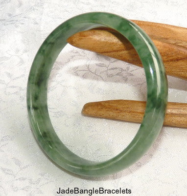 """Dragon Green"" Veins High Polish Jadeite Bangle 56mm (JBB2815)"