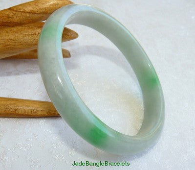 Apple Green Veins Slender Jadeite Jade Bangle Bracelet 57mm (JBB3178)