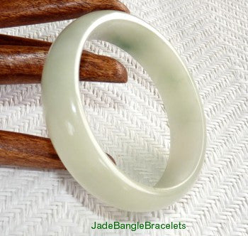 "Clearance-""Peaceful"" Soft Green Veins on White Jadeite Jade Bangle Bracelet 61mm (JBB3190)"
