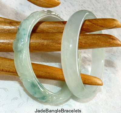 """Sister Set"" Carved and Smooth Jadeite Jade Set of 2 Bangle Bracelets 57mm (JBB3218)"