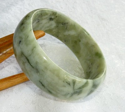 "Green Veins Chinese Jade ""Cuff"" Style Wide Bangle Bracelet 60mm (JBB3257"