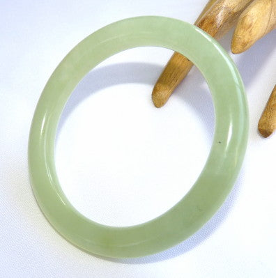 Classic Traditional Round Chinese Jade Bangle Bracelet 58mm (JBB-3358)