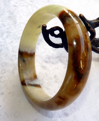 """Connect to Earth"" Chinese River Jade Bangle Bracelet 59 mm (JBB3388)"