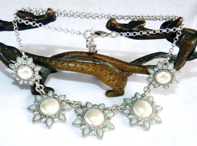 """Elegant Flowers"" Jade and Pearl Necklace"