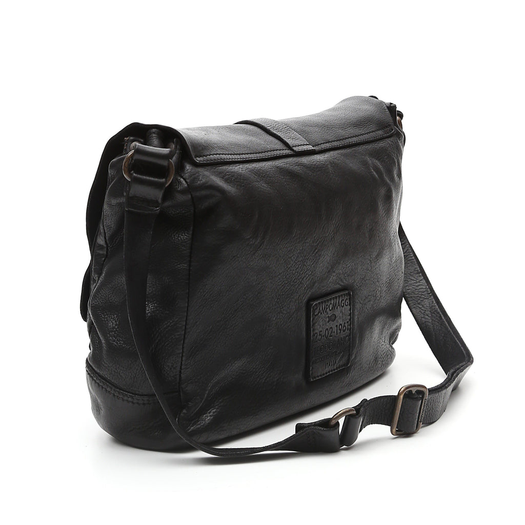 Campomaggi C6520 Crossbody Leather Bag, Black Leather Messenger Bag Campomaggi