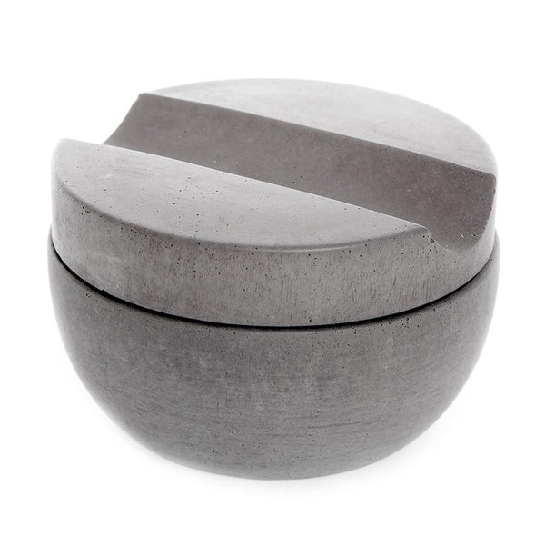 Iris Hantverk Concrete Bowl and Lid with Muhle Sandalwood Shaving Soap - Fendrihan Canada - 1
