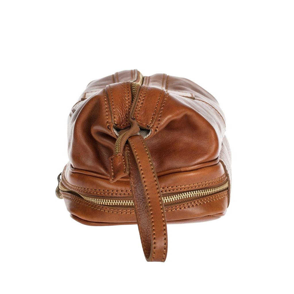 Manufactus Magnum Leather Toiletry Case, Tobacco Leather Dopp Bag Manufactus by Luca Natalizia